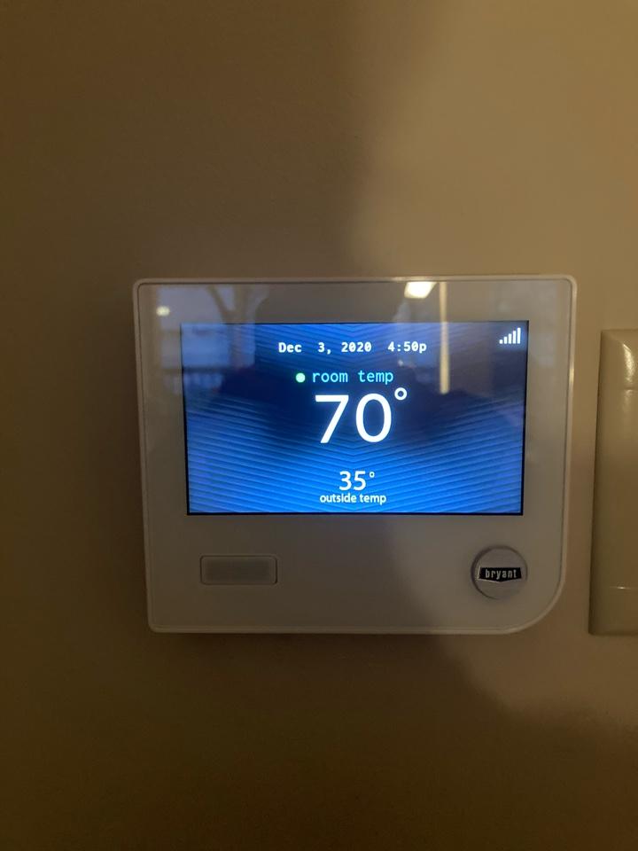 Wayzata, MN - Bryant Evolution Connex thermostat in Orono