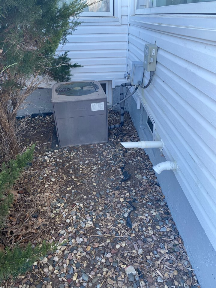 Minneapolis, MN - High efficient furnace, air conditioning, zoning, humidification, indoor air quality, and duct cleaning installation estimate in St. Louis Park MN