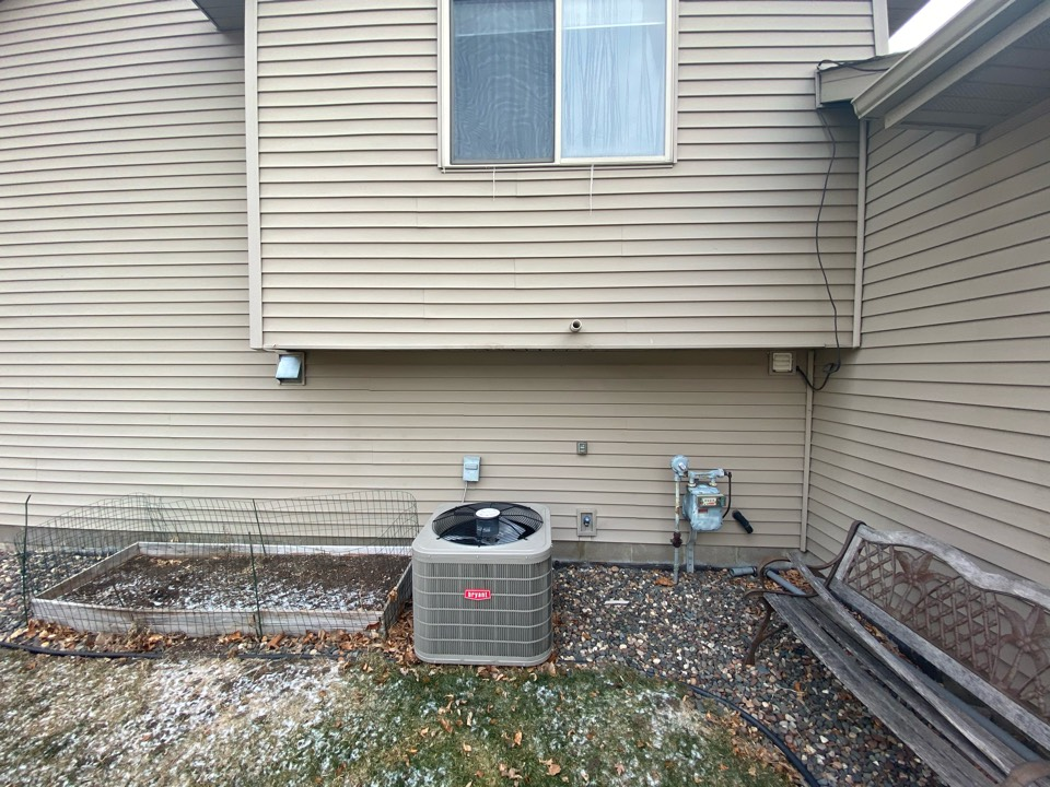 Montrose, MN - High efficient furnace, air conditioning, zoning, humidification, indoor air quality, and duct cleaning installation estimate in Montrose MN