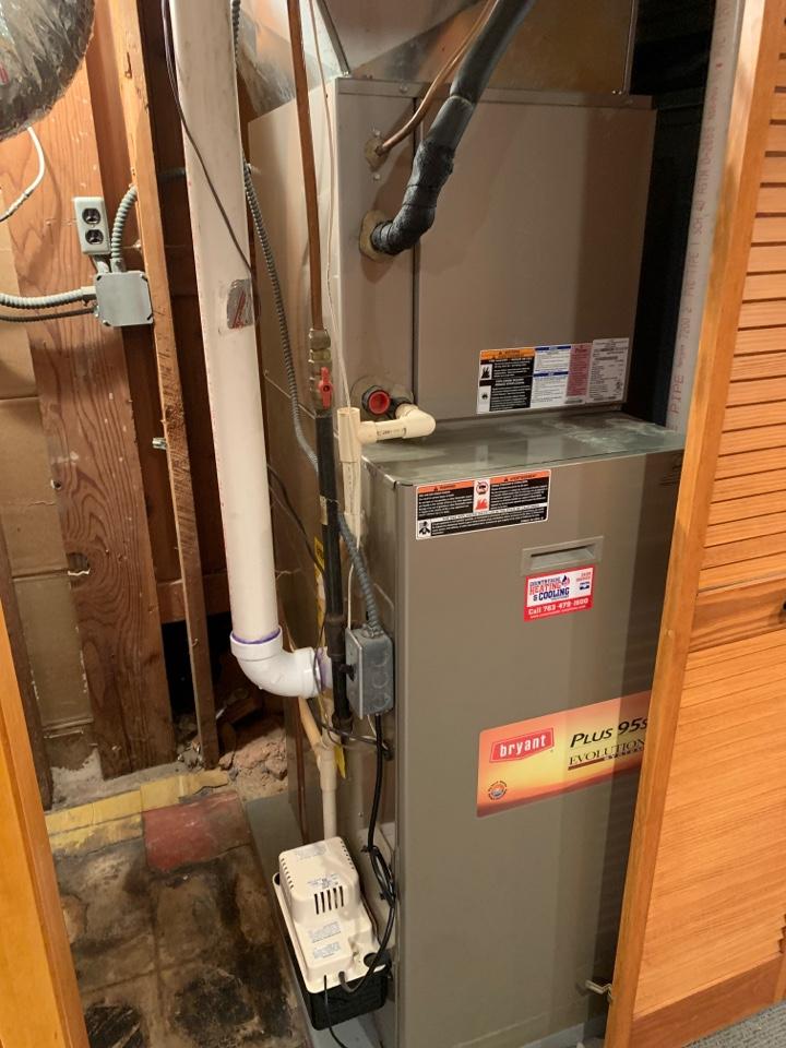 Minnetonka, MN - Install return air in basement in Minnetonka MN