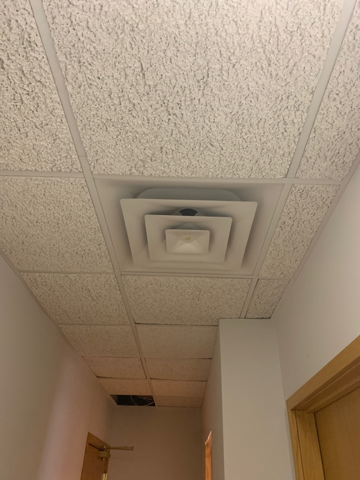 Wayzata, MN - Adds supply air to building in wayzata MN