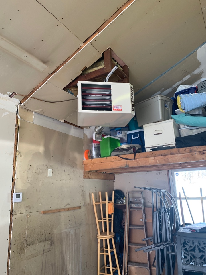 Hopkins, MN - Install new reznor garage heater in Hopkins MN