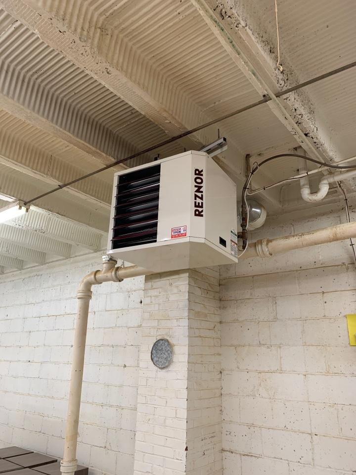 Watertown, MN - Install new 150,000 btu reznor unit heater in Watertown MN