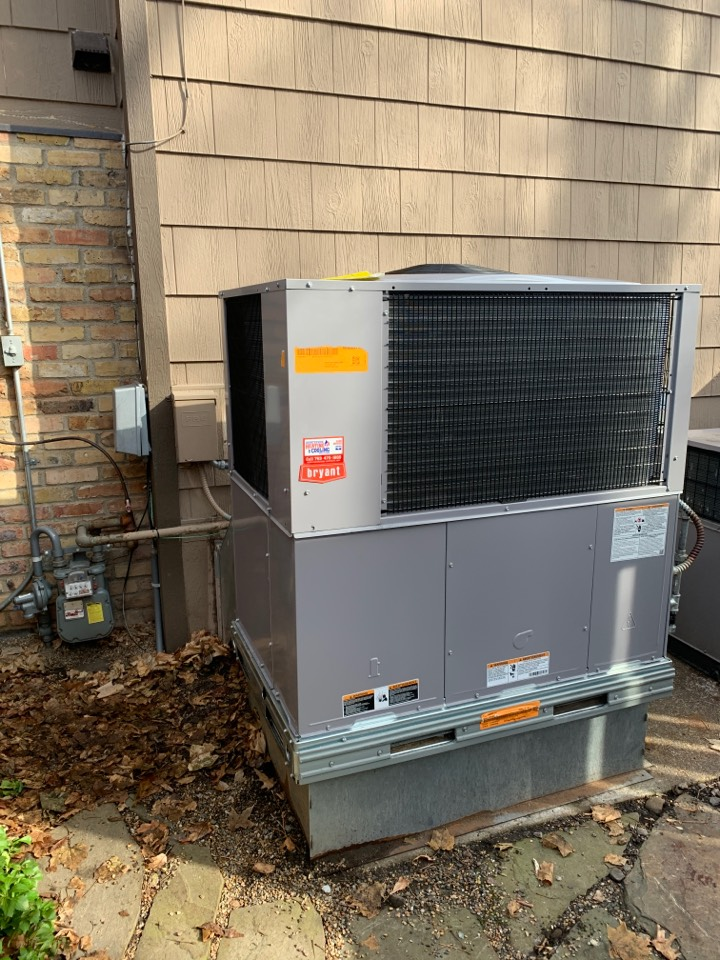 Wayzata, MN - Install new Bryant combination furnace and air conditioner in wayzata MN