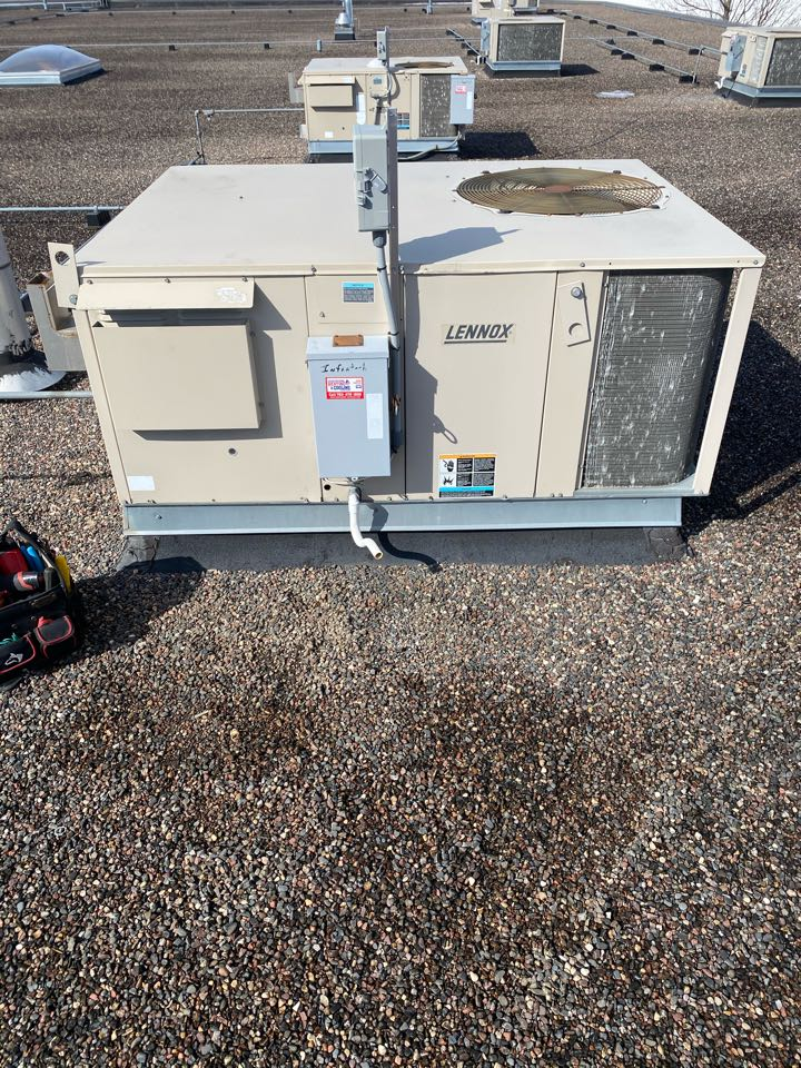 Rogers, MN - Rooftop repair Rogers mn