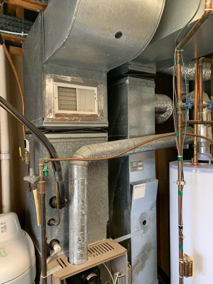 Waconia, MN - Furnace repair in Waconia Mn - quoting for a new system.
