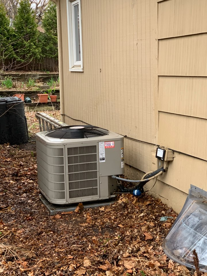 Minneapolis, MN - Spring secured service maintenance in Robbinsdale Mn