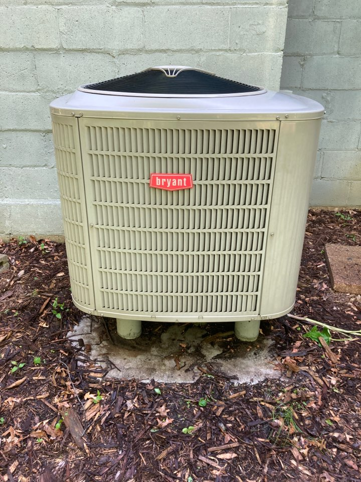 Minnetonka, MN - Bryant heat pump maintenance in Minnetonka