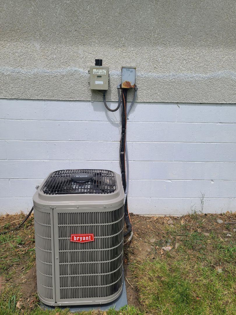 Roseville, MN - Bryant A/C install Roseville MN