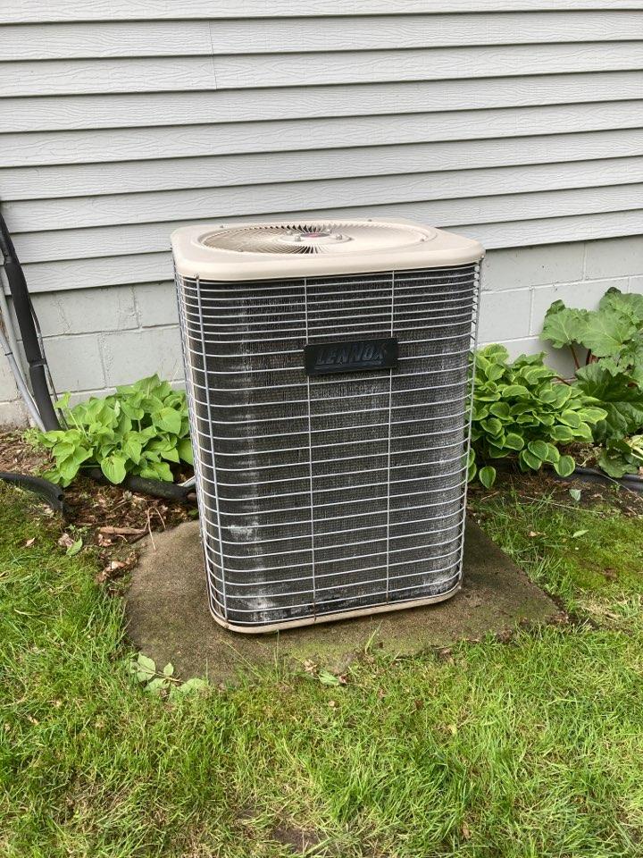 Maple Grove, MN - AC maintenance in Maple Grove