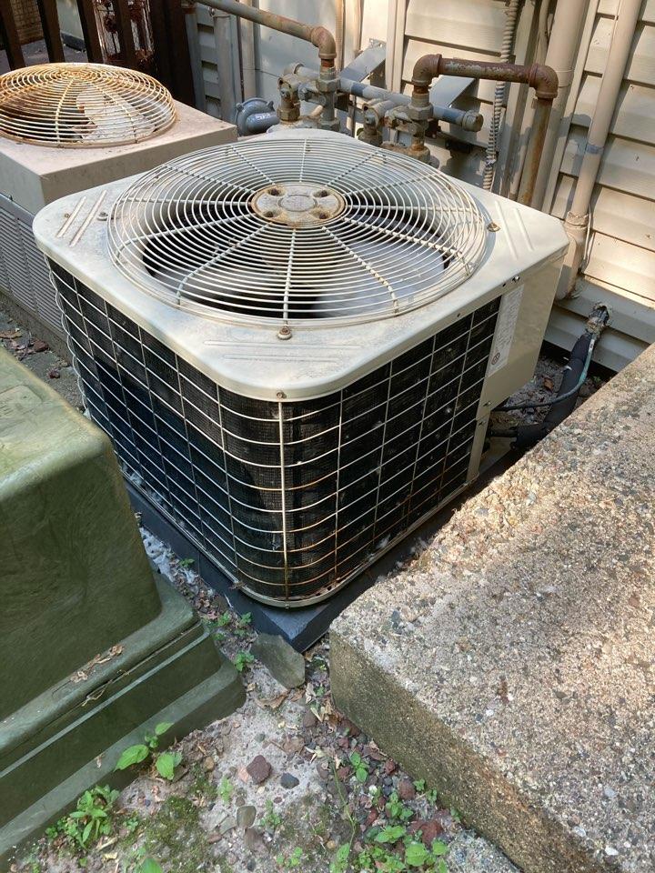 Burnsville, MN - AC repair in Burnsville