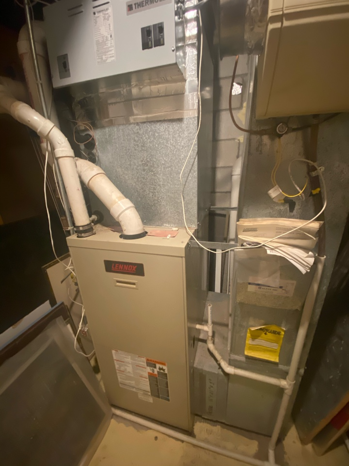 Plymouth, MN - High efficient furnace, air conditioning, heat pump, and indoor air quality installation estimate in Plymouth, MN