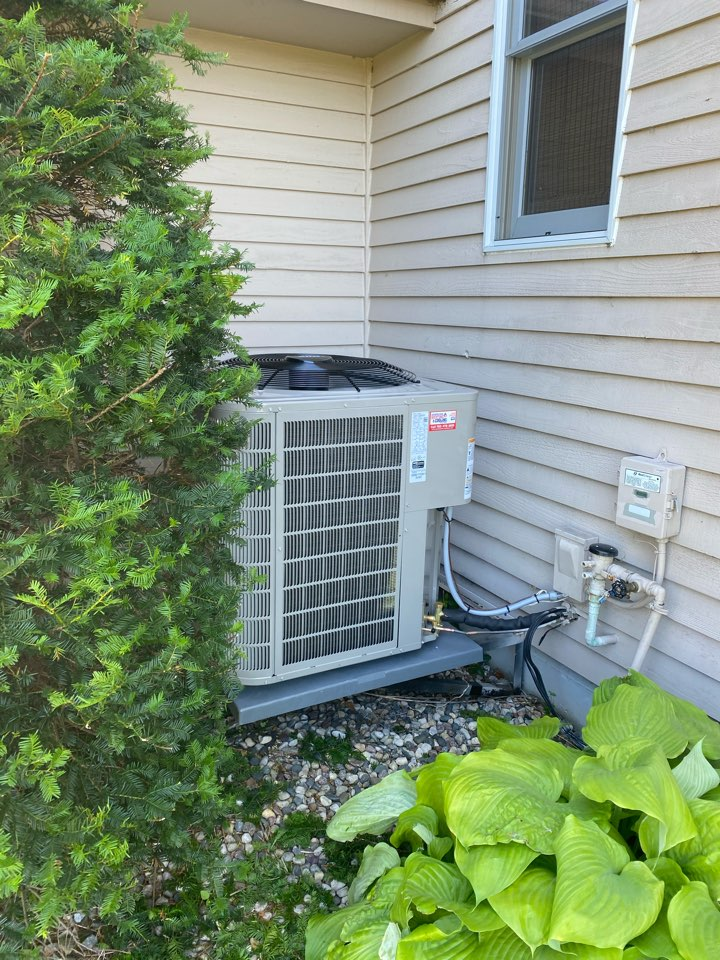 Excelsior, MN - Bryant ac install and ao smith water heater install excelsior MN