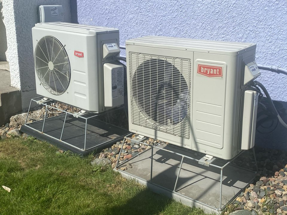 Minneapolis, MN - Commercial ductless heating and cooling installation estimate in St. Louis Park, MN