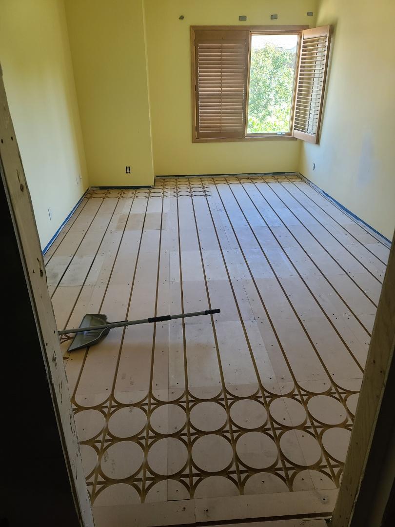 Wayzata, MN - Laying floor for infloor heat