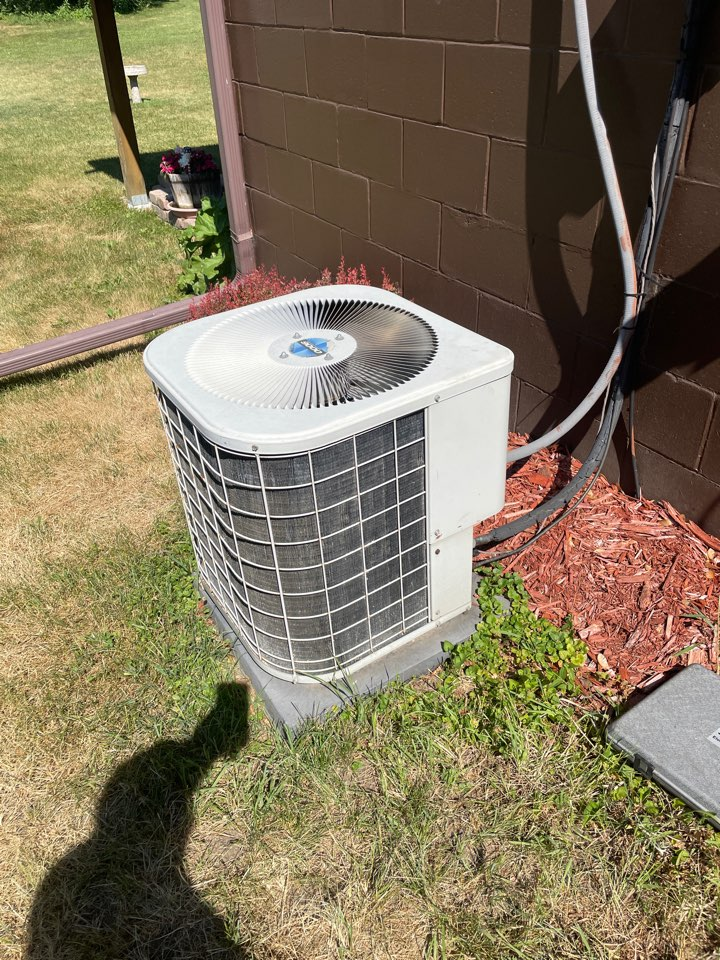 Plymouth, MN - Repaired a Goodman ac at a home in Plymouth, MN!