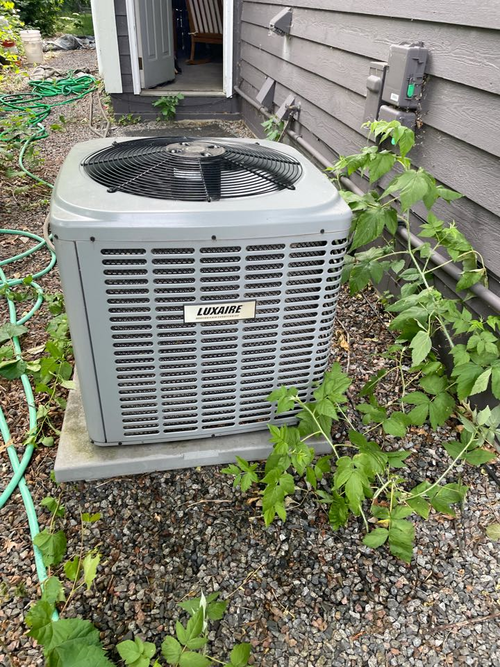 Buffalo, MN - Repaired a luxaire ac at a home in buffalo, MN!