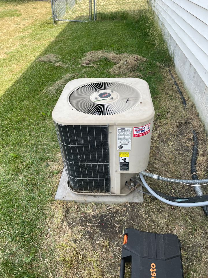 Rockford, MN - Repaired a Lennox ac at a home in Rockford, MN!