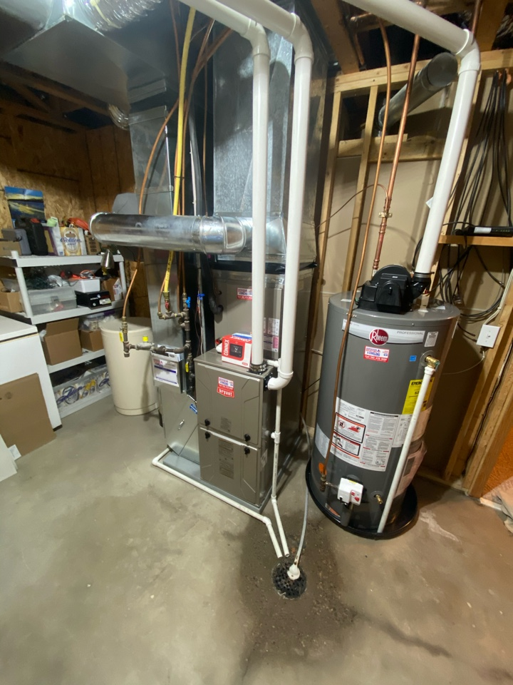 Watertown, MN - Bryant furnace ac and humidifier, water heater replacement Watertown MN