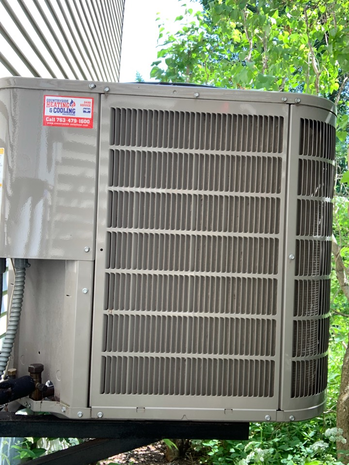 Excelsior, MN - Performed a tune up on a Bryant ac at a home in shorewood, MN!