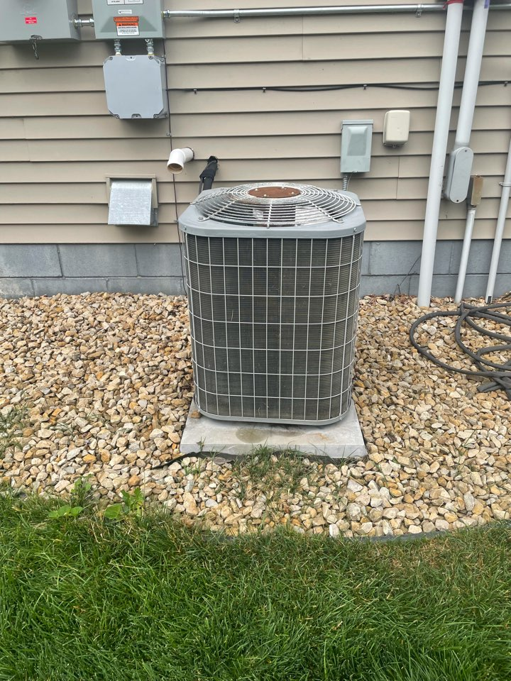 Waconia, MN - Repaired a carrier ac at a home in waconia, MN!