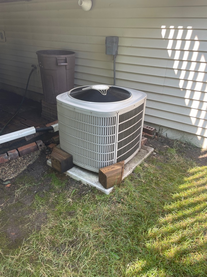 Maple Grove, MN - Tuned up a Bryant ac and furnace at a home in maple grove, MN!