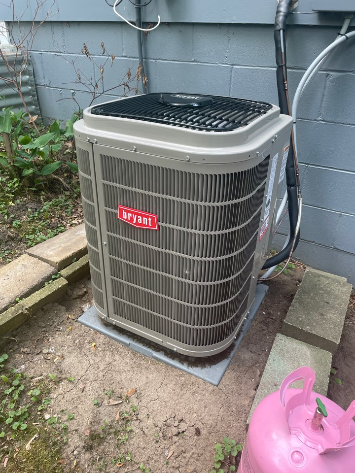 Adjusted refrigerant levels on a Bryant ac at a home in Minnetonka, MN!
