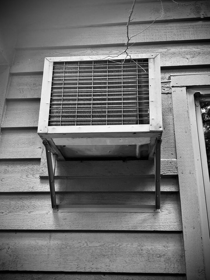 Wayzata, MN - Ductless air conditioning upgrade in Mound, MN