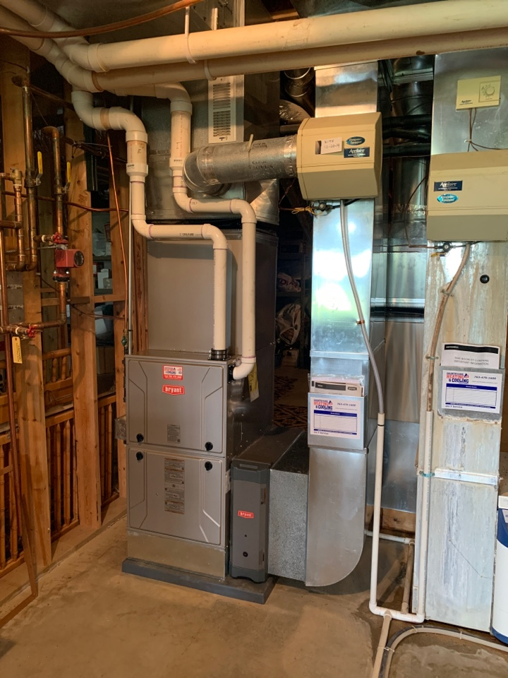 Install new Bryant evolution furnace and air conditioner with connex thermostat in minnetrista MN