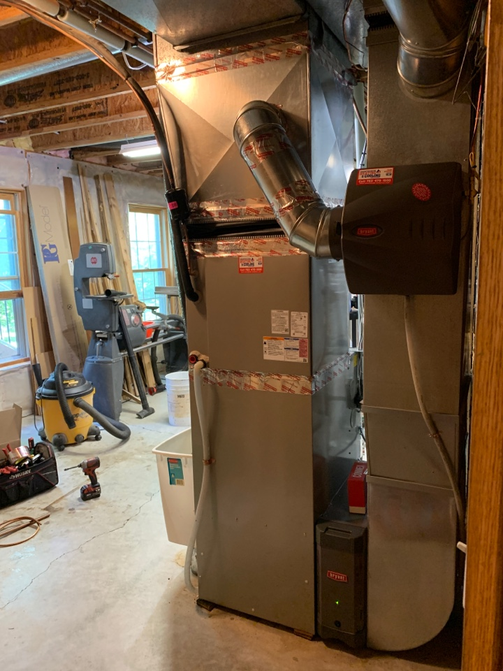 Install new Bryant evolution heat pump with humidifier, electronic filtration system and connex thermostat in Eden prairie MN