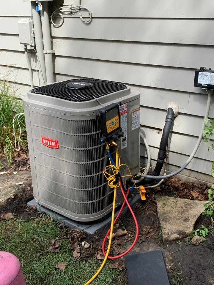 Minneapolis, MN - Install new Bryant evolution air conditioner with connex thermostat in St. Louis park MN