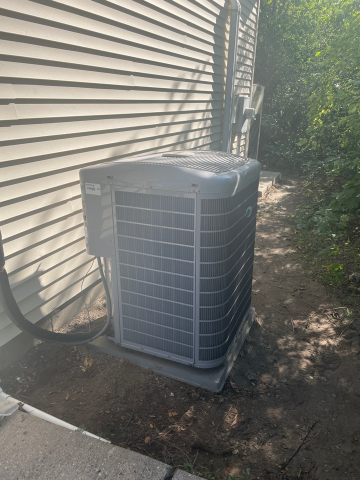 Repaired a carrier ac at mediacom in prior lake, MN!