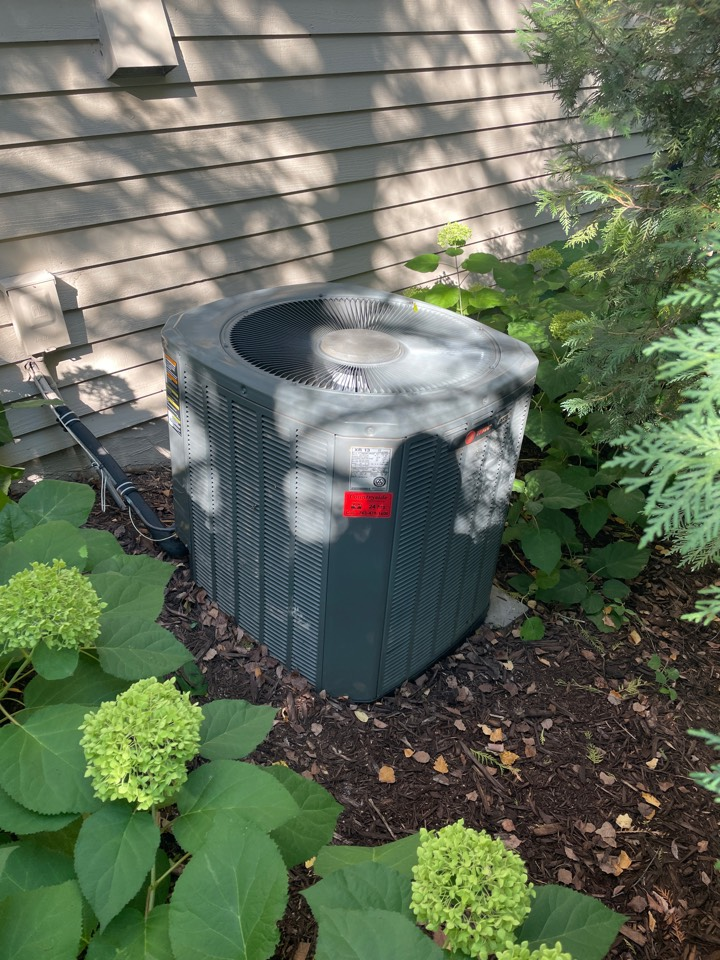 Minneapolis, MN - Repaired a trane ac at a home in Plymouth, MN!