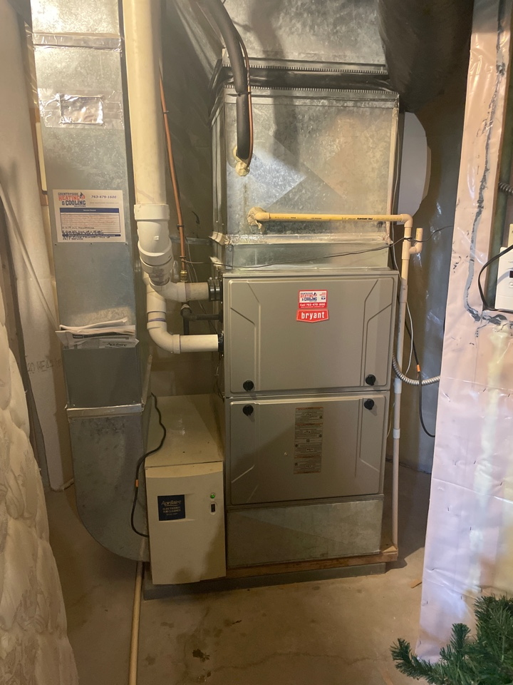 Tuned up a Bryant furnace at a home in maple plain, MN!