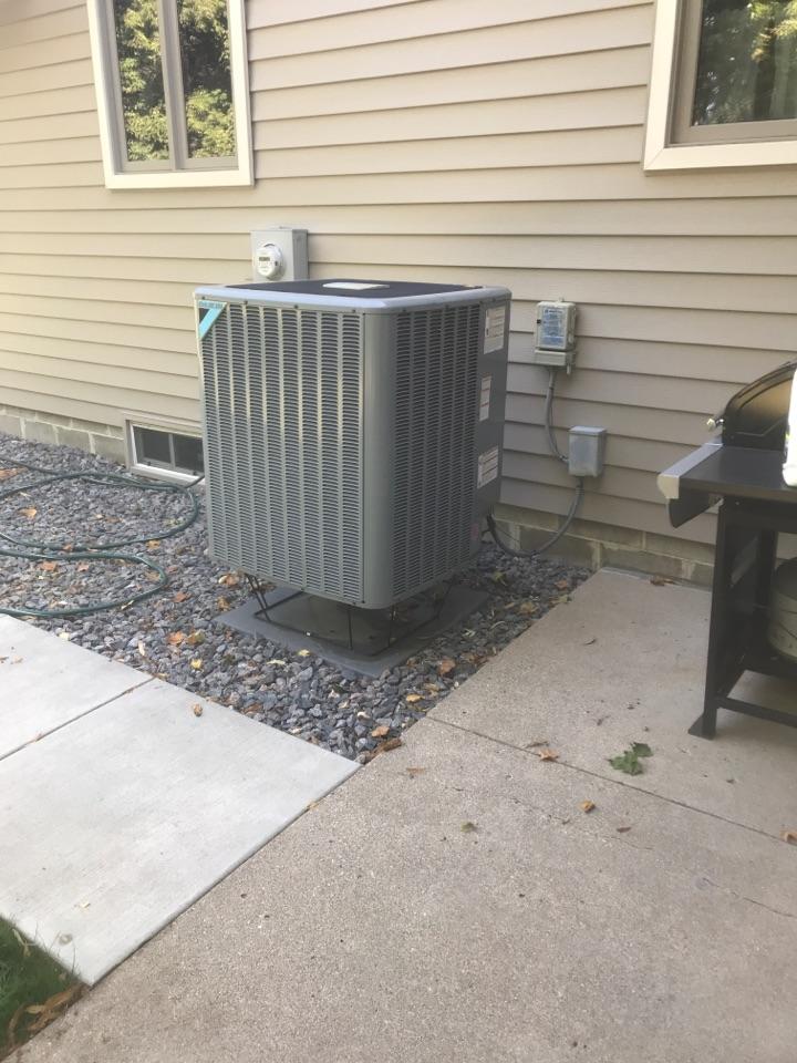 Refrigerant pressure check in Delano Minnesota