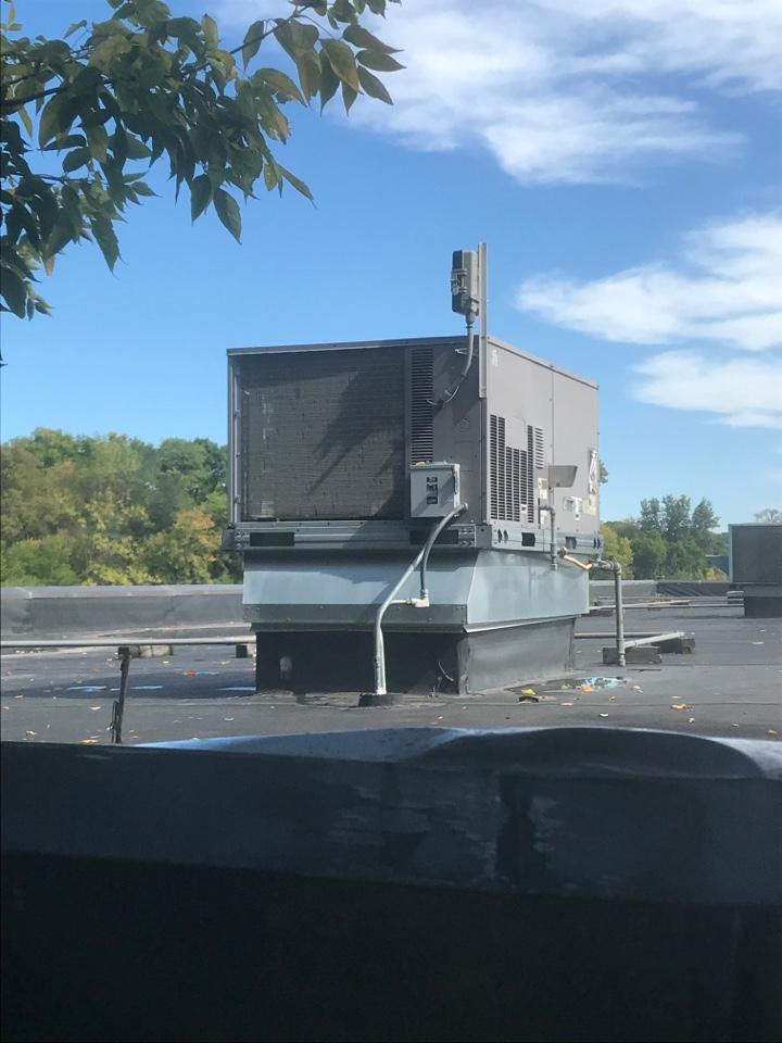 Rooftop repair in Long Lake Minnesota. Quoting for repair