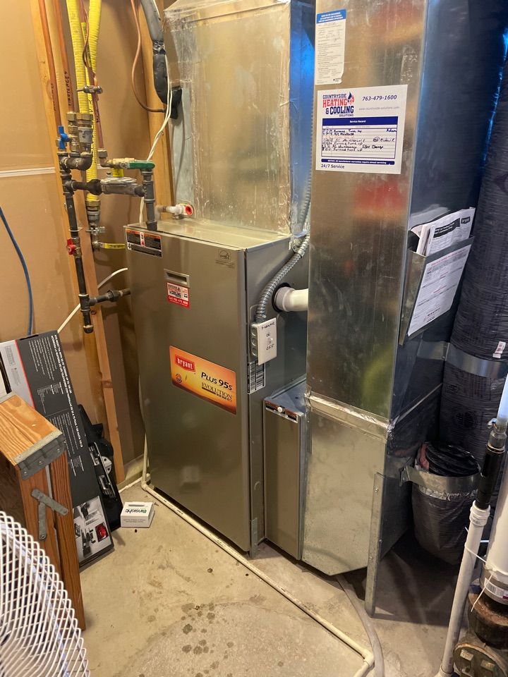 Minneapolis, MN - Tuned up a Bryant furnace at a home in Edina, MN!