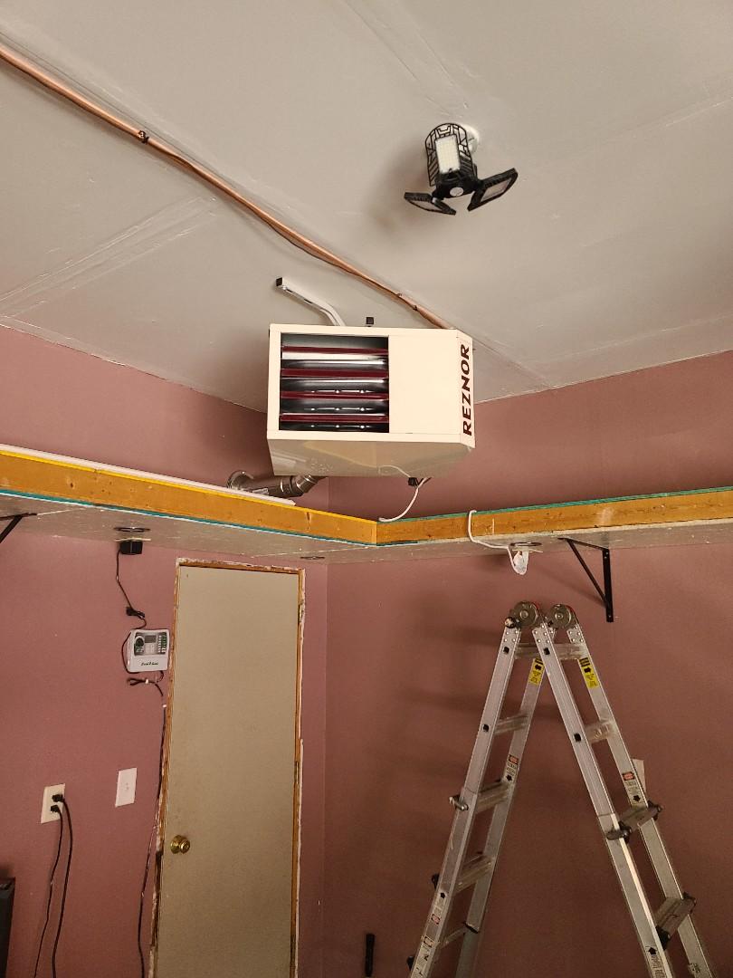 Minneapolis, MN - Reznor garage heater installed Brooklyn Center