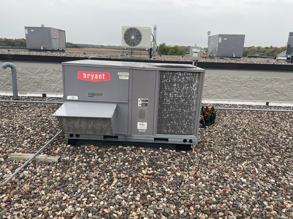 Independence, MN - Repaired a Bryant commercial RTU at the city of independence, MN!