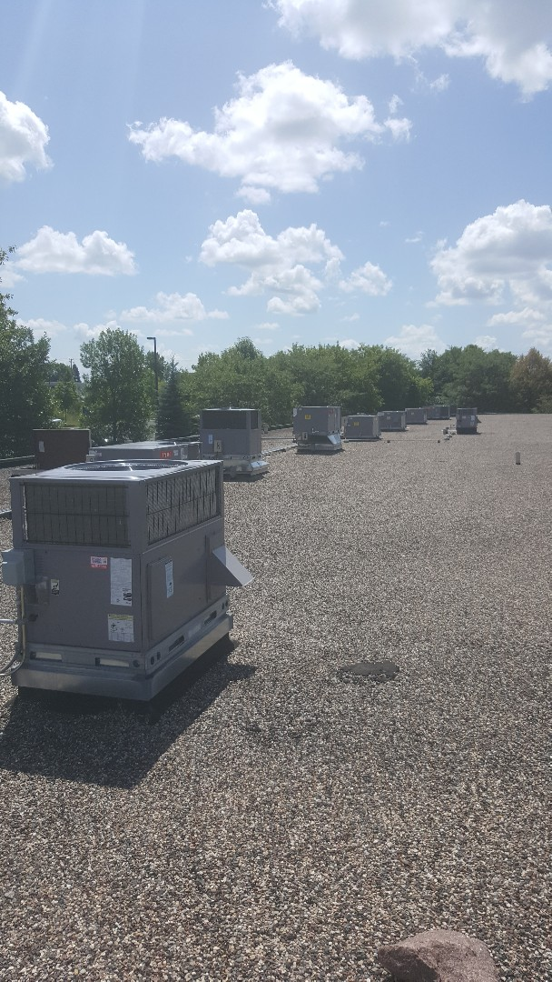 Prior Lake, MN - Performing Bryant rooftop unit tune-ups and filter changes in Prior Lake