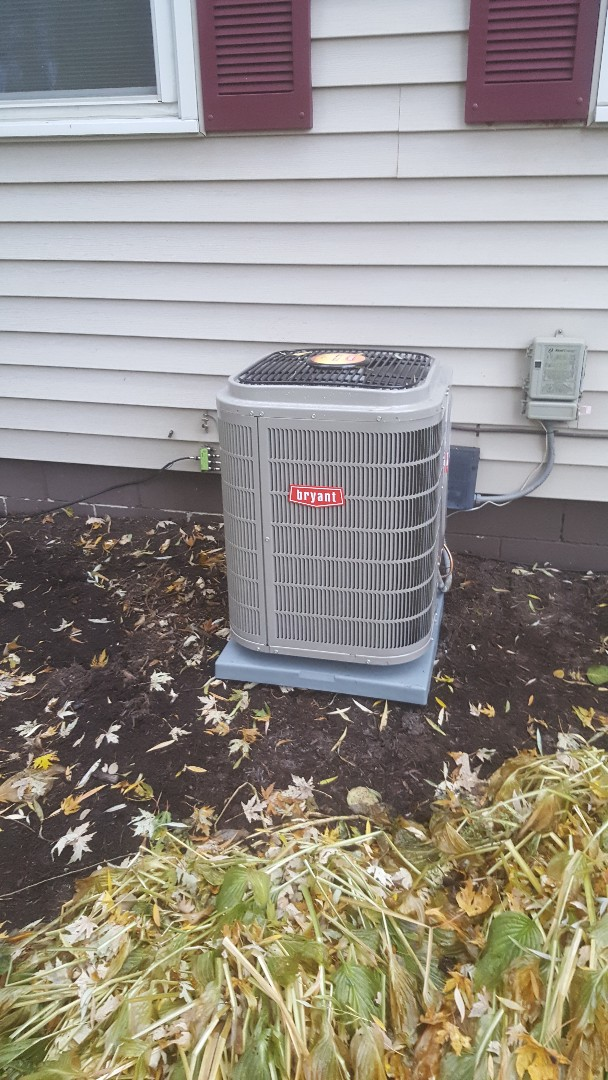 Loretto, MN - Installing Bryant AC / furnace in Greenfield