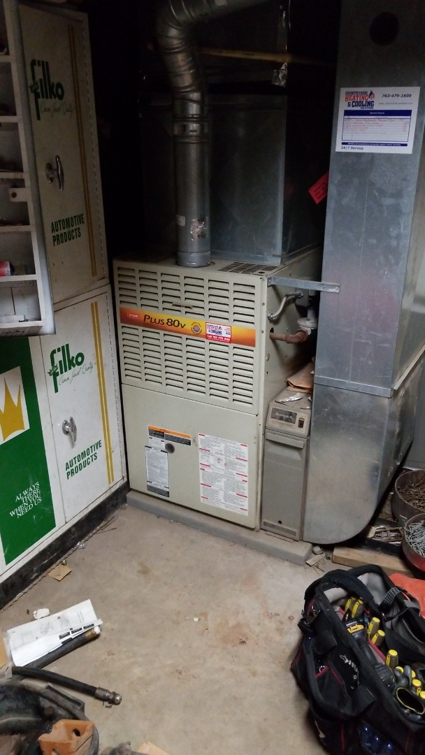 Independence, MN - Performing furnace tune-up on Bryant furnace in Maple Plain