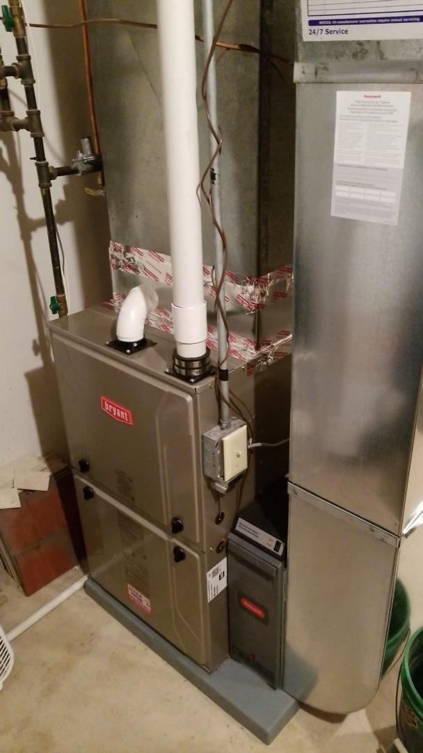 Loretto, MN - Installing Bryant furnace in Loretto