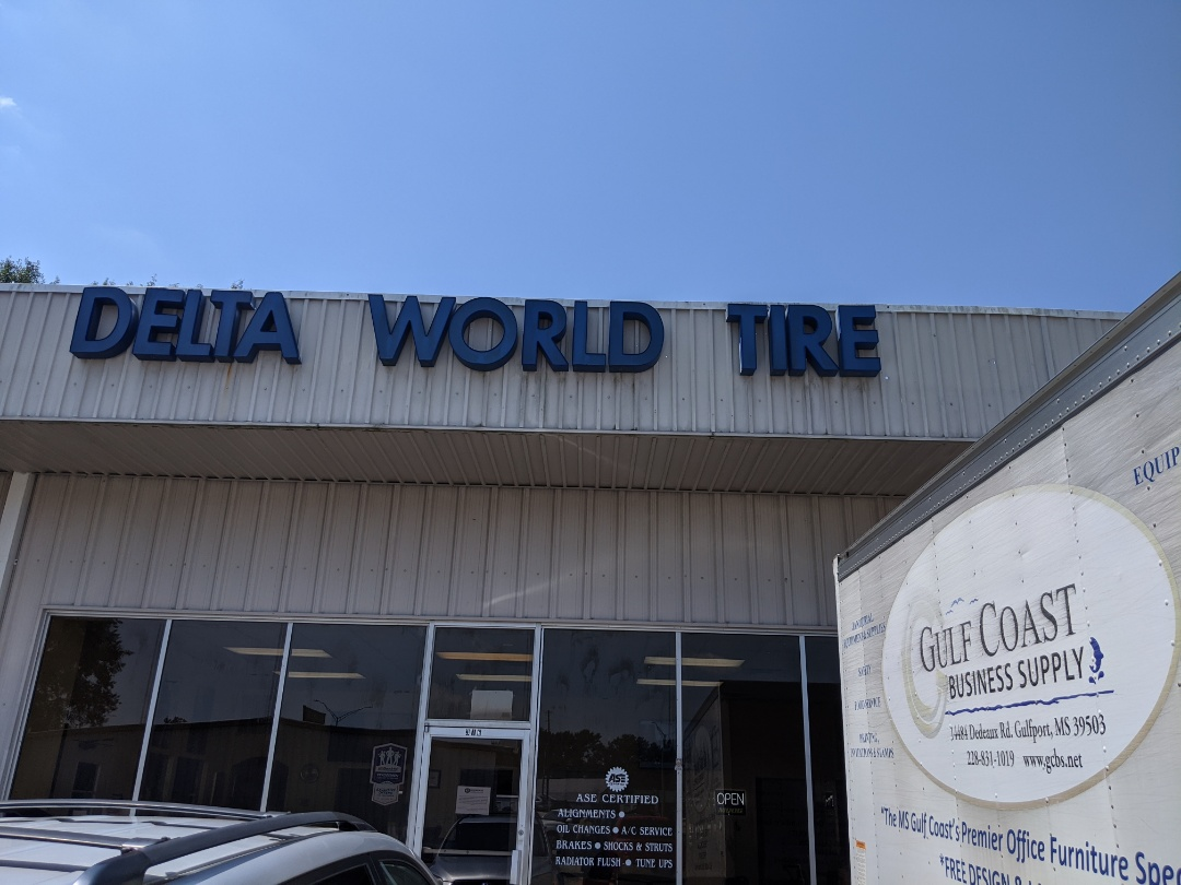 Perkinston, MS - Delivering office supplies