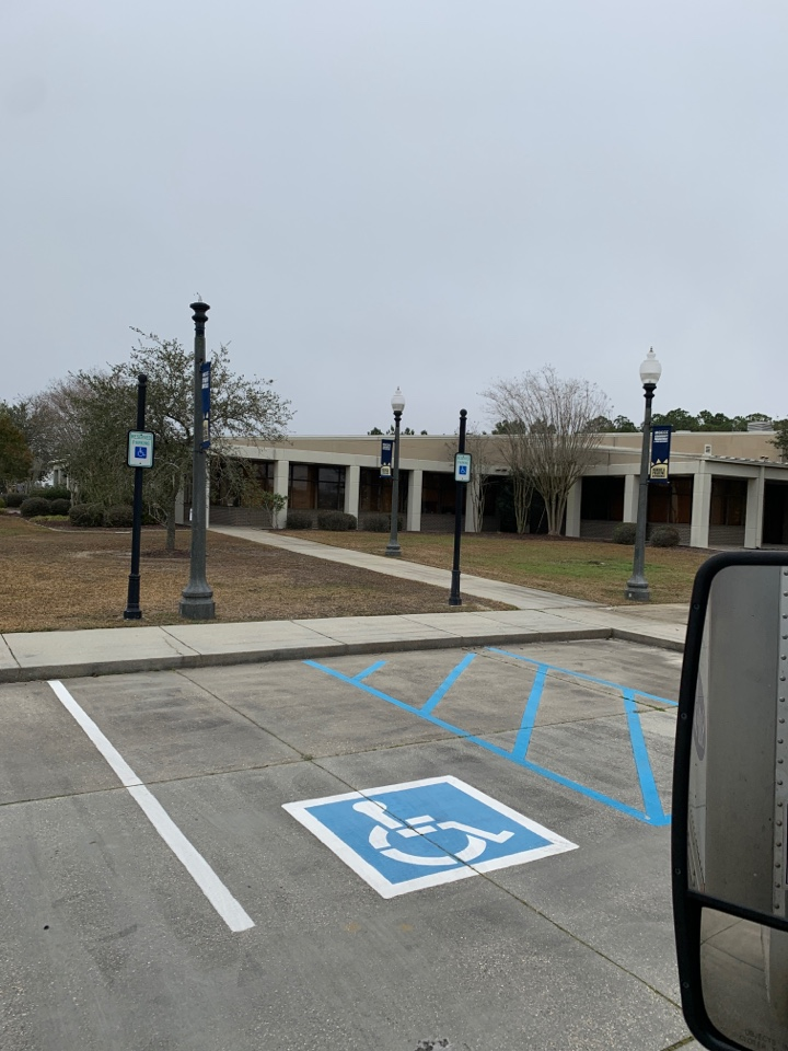 Janitorial supply delivery to Mississippi Gulf Coast community college Gulfport