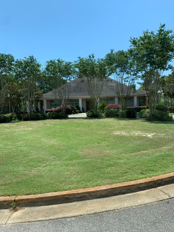 Gautier, MS - Office supply delivery to Shell landing golf course