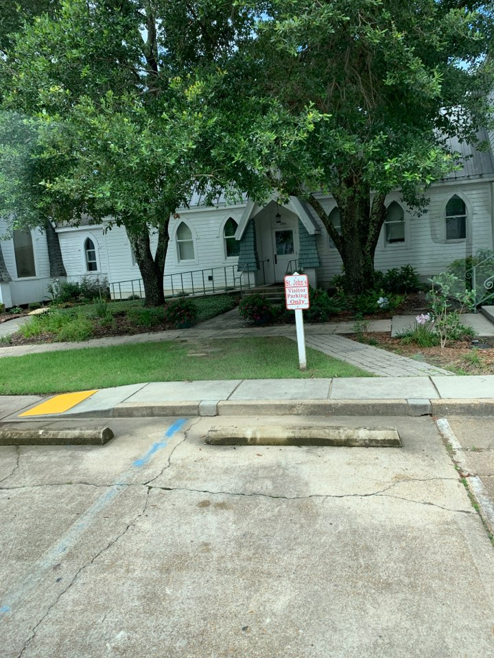 Ocean Springs, MS - Janitorial supply delivery to St. John's Episcopal Church