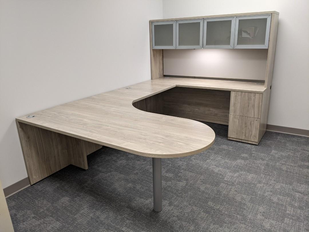 Moss Point, MS - Delivered desk unit