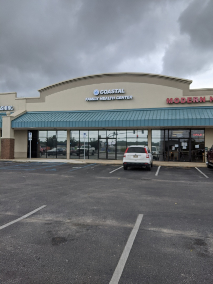 Lucedale, MS - Delivering office supplies