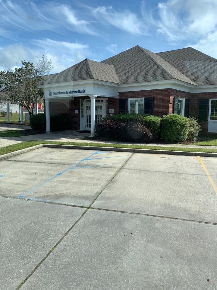 Ocean Springs, MS - Office supply delivery to merchant and Marine Bank Ocean Springs